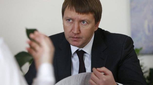 Налоговики скрывают данные о проверке Данилюка и Кутового