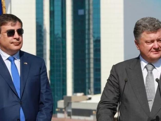 «Им некуда бежать. Они будут пытаться «окопаться» в Украине»: Саакашвили рассказал как будет судить барыг