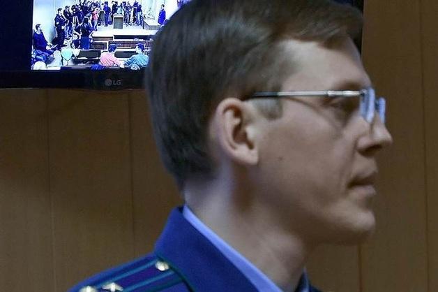Отсудивший имущество Захарченко прокурор получил звание генерала