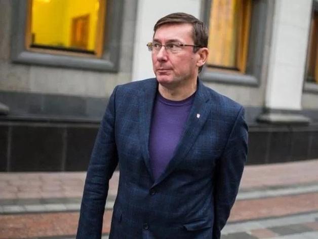 От Януковича до Порошенко. Как власти Украины боролись с СМИ и что из этого вышло