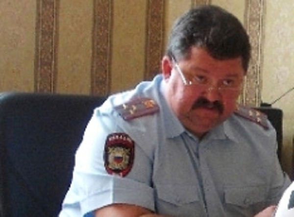 Зачем подчинённые полковника МВД Владимира Ювковецкого среди ночи тревожат семью гражданского активиста, публично сообщившего о коррупции