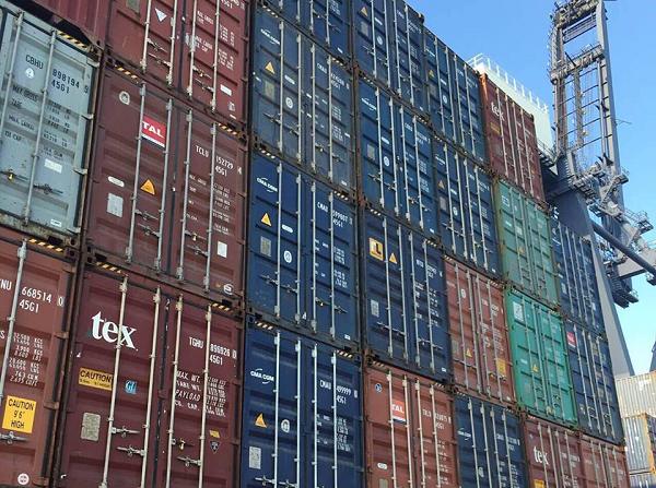 Битва за контейнеры: кому достанутся лучшие терминалы Черноморского порта