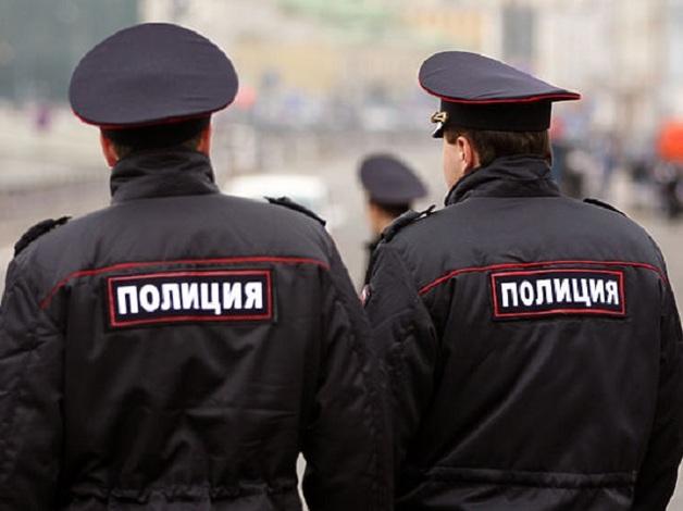 Таксист в Москве расстрелял нетрезвых пассажиров из травматики
