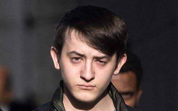 Подросток получил секретные данные, назвавшись главой ЦРУ