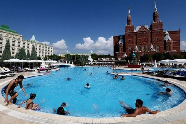 Российские туристы скупают путевки в Турцию