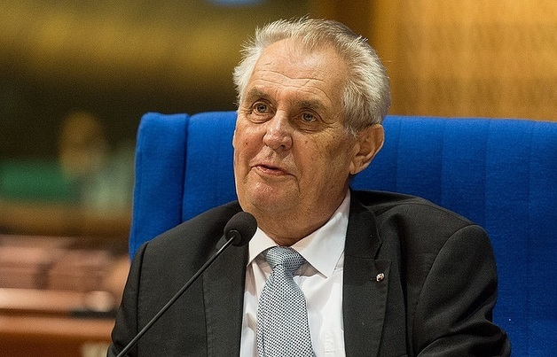 Земан выиграл президентские выборы в Чехии