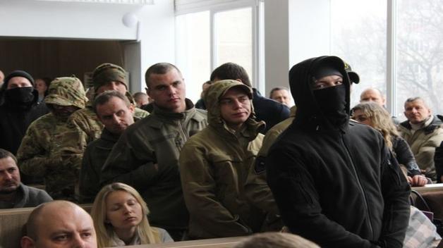 """Режим """"черных АТОшников"""". Как """"Нацдружина"""" осуществила переворот в Черкассах и что это означает для всей Украины"""