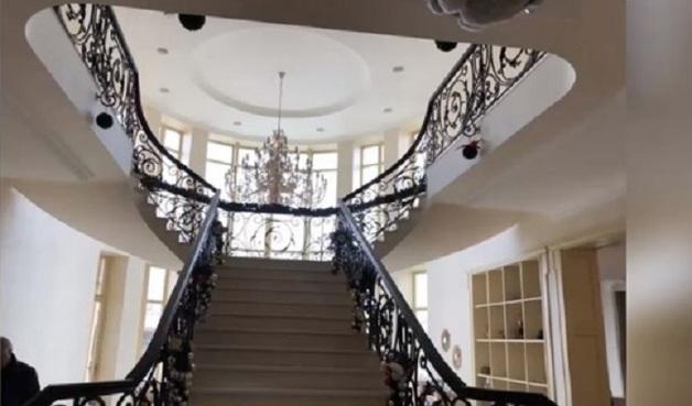 НАБУ показало роскошный дом известного экс-руководителя госпредприятия