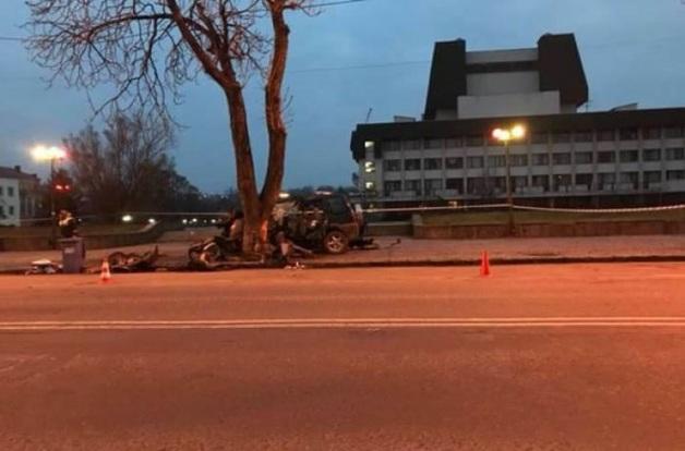 Страшное ДТП в Ужгороде: погибли три человека, один в реанимации