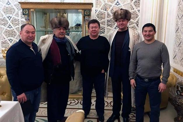 Чиновники пьют водку с «боссом узбекской мафии»