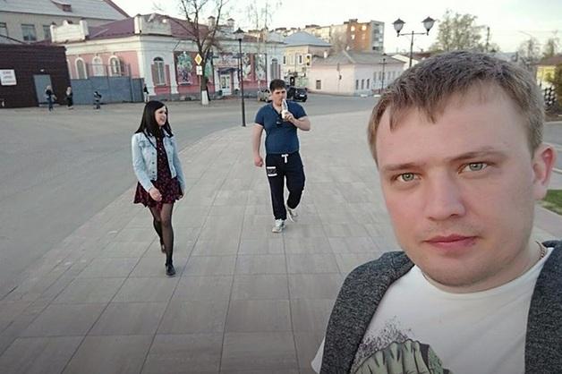 В Саратовской области замглавы отдела СК РФ избил клиента караоке-клуба «за плохой музыкальный вкус»