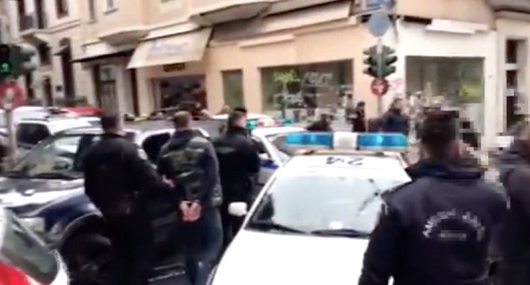 Россияне избили украинских болельщиков «Динамо» в Греции