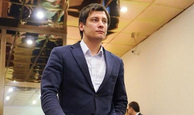Гудков обвинил мэрию Москвы в мошенничестве с медстраховками