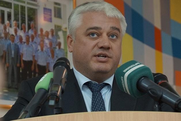 Попавший под следствие экс-директор АМПУ продает коррупционный особняк