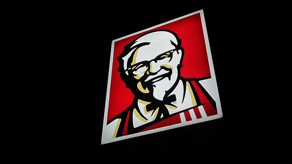 В Британии закрылись сотни ресторанов KFC из-за нехватки курицы