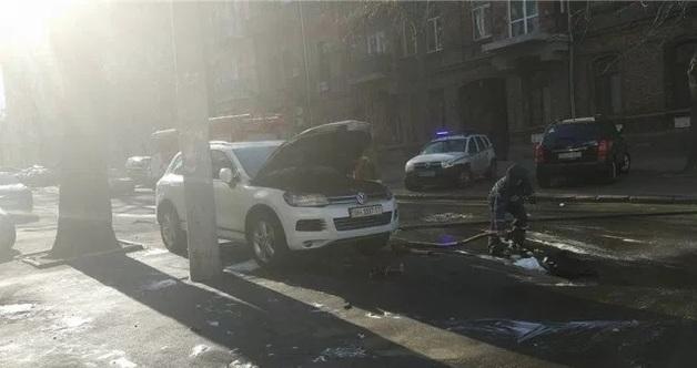 В Одессе пытались сжечь Volkswagen судьи