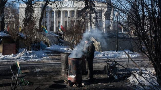 Отмывание денег, воровство средств ЕС и коррупция на войне. Зарубежные СМИ обрушились с новой волной критики на украинскую власть