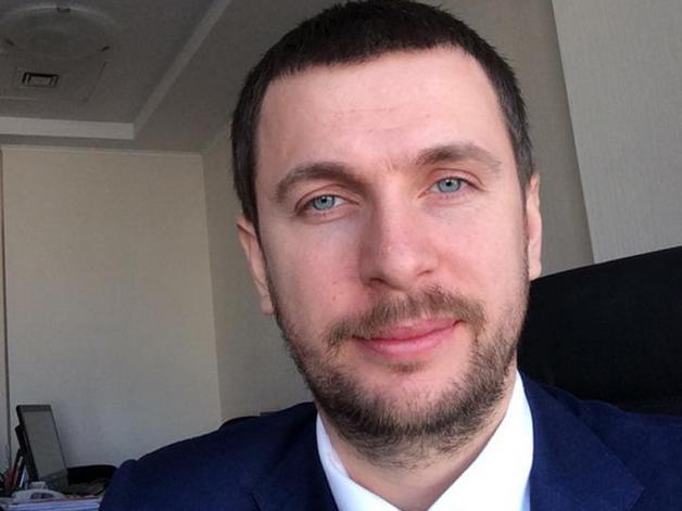 Кличко до конца года почти вдвое увеличил зарплату Сергею Симонову