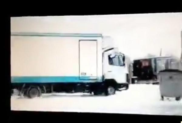 """Зарабатывают по 150 тысяч в день: Чиновник показал, как украинские товары попадают в """"ДНР"""""""