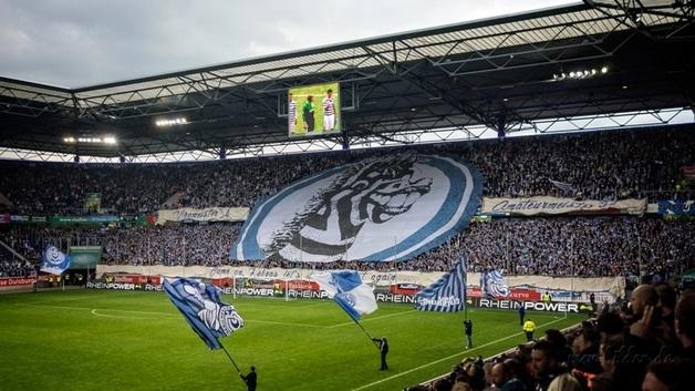 """""""Сушняк замучил"""": голкипер в Германии пропустил самый позорный гол десятилетия"""