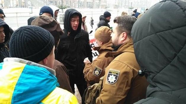 """Вину искупают кровью. Кого берут в """"варту"""" Киева"""