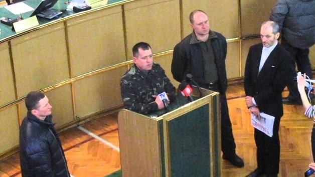 Полковник СБУ, приказавший расстрелять хмельницкий Майдан, остался безнаказанным и купил Porsche