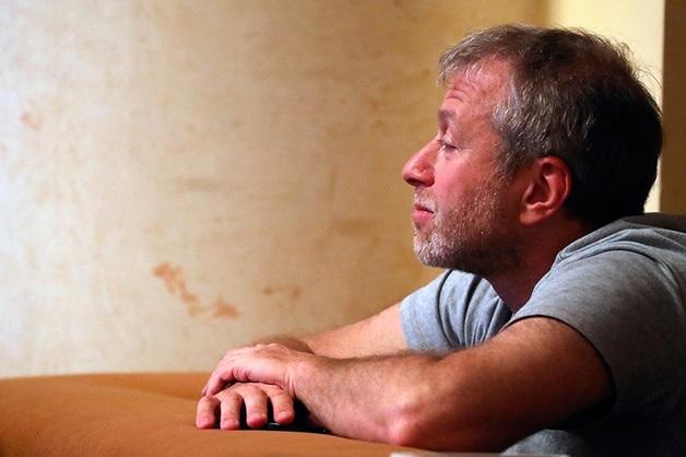 Отказ Абрамовичу объяснили отсутствием в Швейцарии судебной цензуры