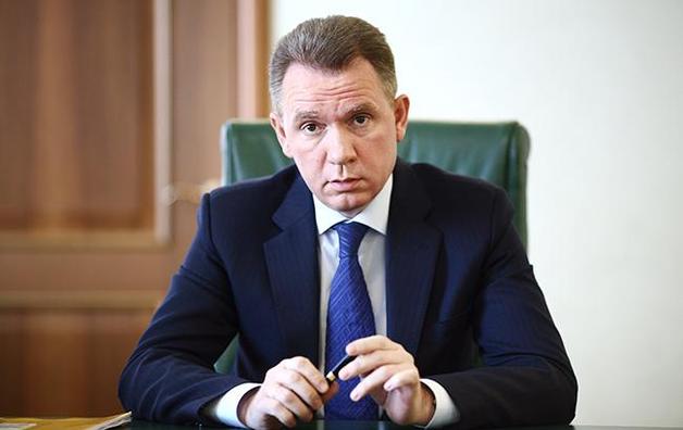 Глава ЦИК Охендовский за февраль получил зарплату в полтора раза меньше своих замов
