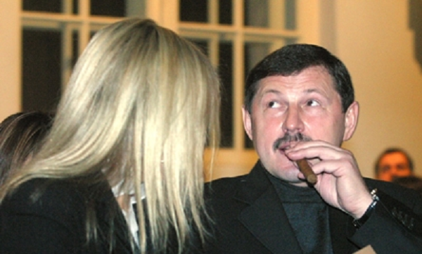 Ключник Гены Петрова во дворце у Путина