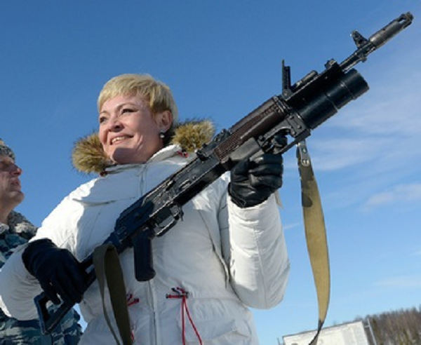 «Щелкнуть» по носу ФСБ: Александр Харичев спасает Марину Ковтун?