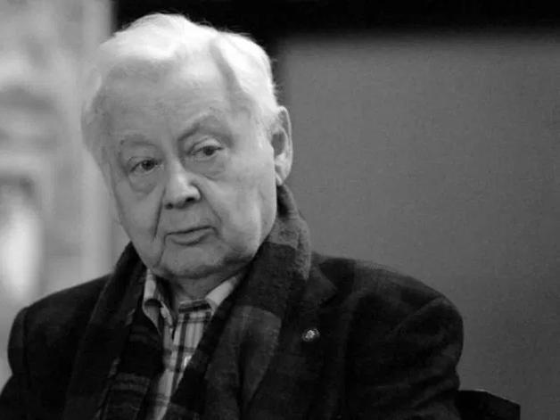 Табаков умер еще 4 года назад — известный ученый