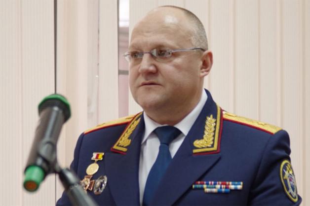 Руководителя ГСУ СКР по Москве Дрыманова вызвали в суд по делу Максименко