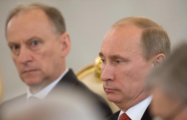 «Спецслужбы РФ занимаются не разведкой, а крышеванием проституции и торговлей кокаином»