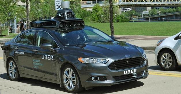 Беспилотный автомобиль Uber впервые сбил насмерть человек