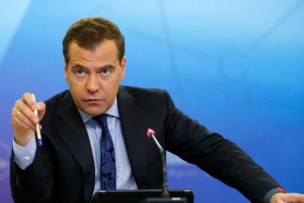 К Медведеву появились вопросы?