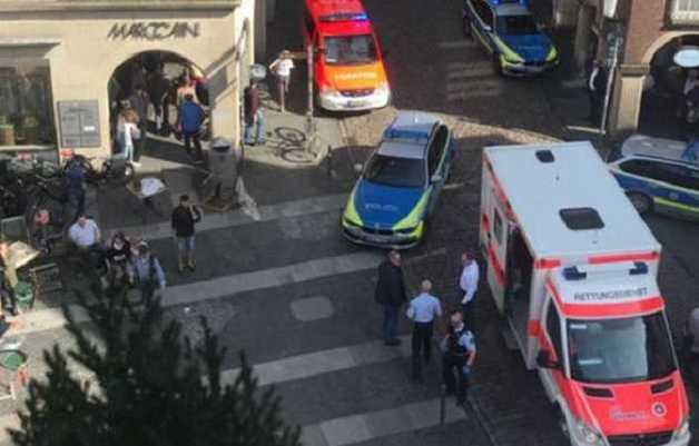Наезд на людей в Германии. В доме водителя-убийцы нашли автомат Калашникова