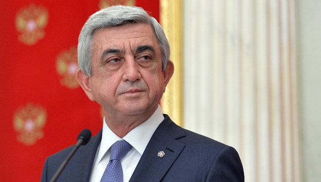 Экс-президент Армении Серж Саргсян выдвинул свою кандидатуру на пост премьера. В стране начались беспорядки