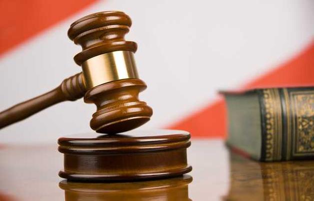 Дело НАБУ по судье, который оправдал Кернеса и Добкина за наркотики, уже два года не может начать слушаться в суде