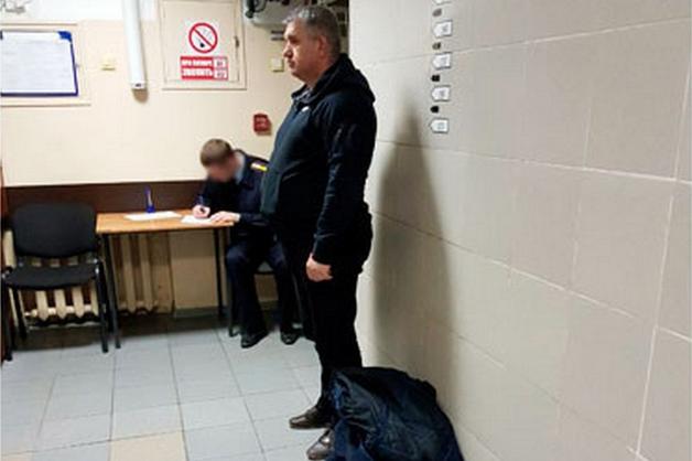 Экс-начальник тыла Камчатского УМВД арестован по делу о взятках и превышении полномочий