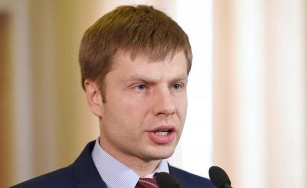 Гончаренко дарит одесским избирателям подарки на День рождения