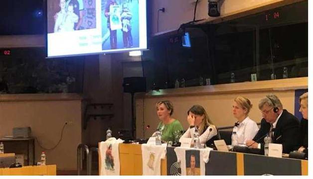 Родственники украинских заложников рассказали в Европарламенте о пытках в ОРДЛО и России