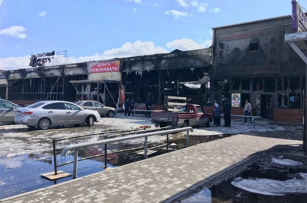 Два ТЦ в Ноябрьске были подожжены в ходе разборок между таджикскими торговцами