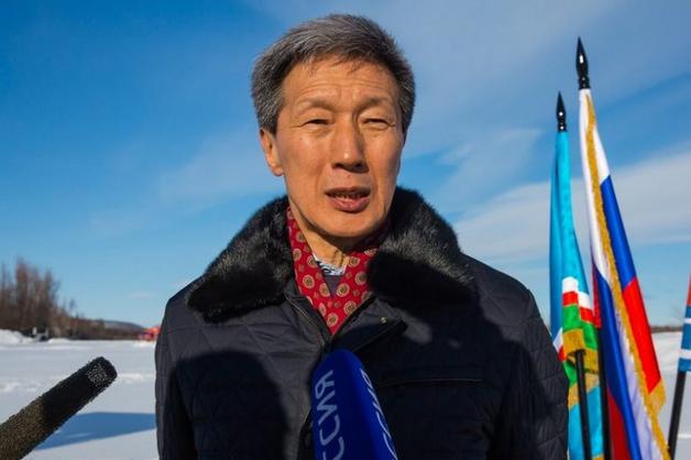 Попавший под следствие министр связи Якутии отстранен от должности