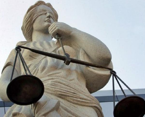 Судейско-депутатская смычка: власть новая, схемы старые
