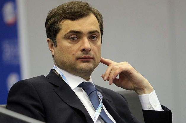 Сурков приготовился к отставке с поста помощника президента