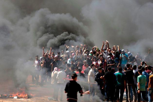 Столкновения в секторе Газа: десятки погибших, сотни раненых