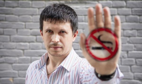 Общественник Андрей Скипальский заработал на борьбе с курением миллионы