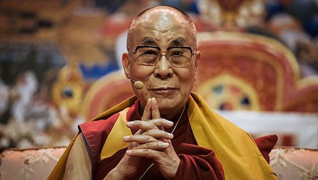 Погибнет все живое: Далай-лама рассказал о Третьей мировой войне