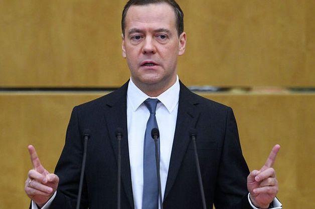 Медведев представил Путину свои предложения по составу нового кабмина