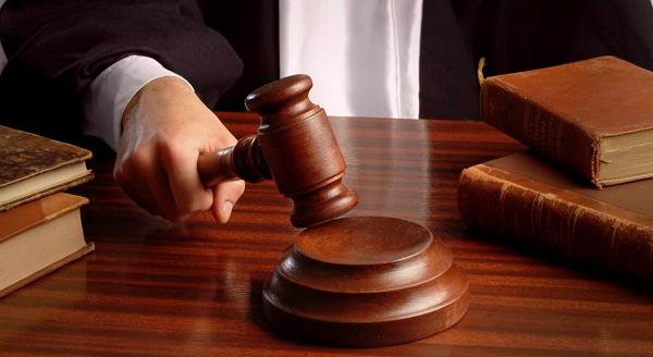 В России женщину суд признал мужчиной и отобрал у нее детей